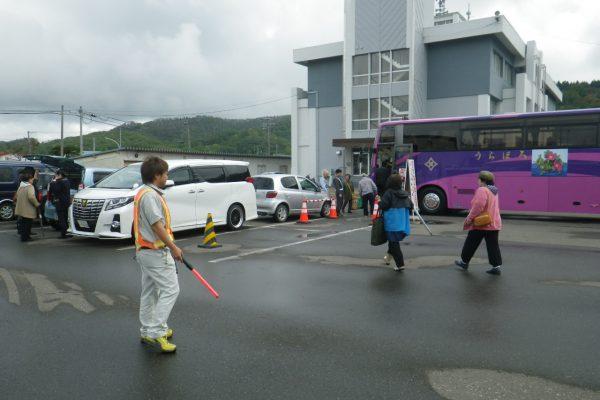 浦幌町ふるさとのみのり祭りでボランティア活動を実施しました。