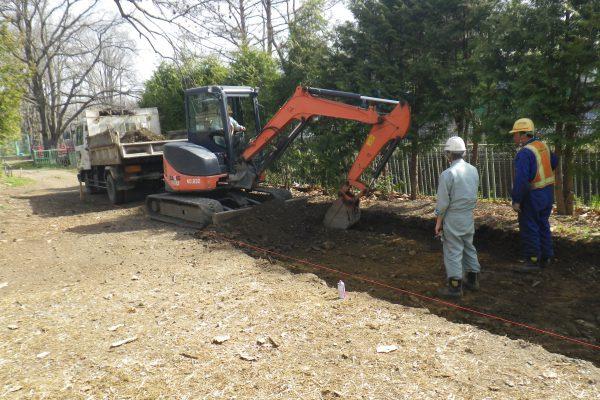 帯広動物園で舗装ボランティア活動を実施しました。